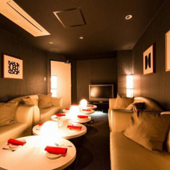 Private room ~Ark Lounge新宿西口駅前店~